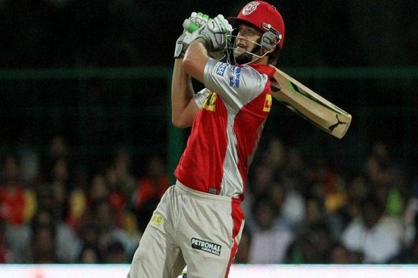 Longest sixes in IPL - Adam Gilchrist