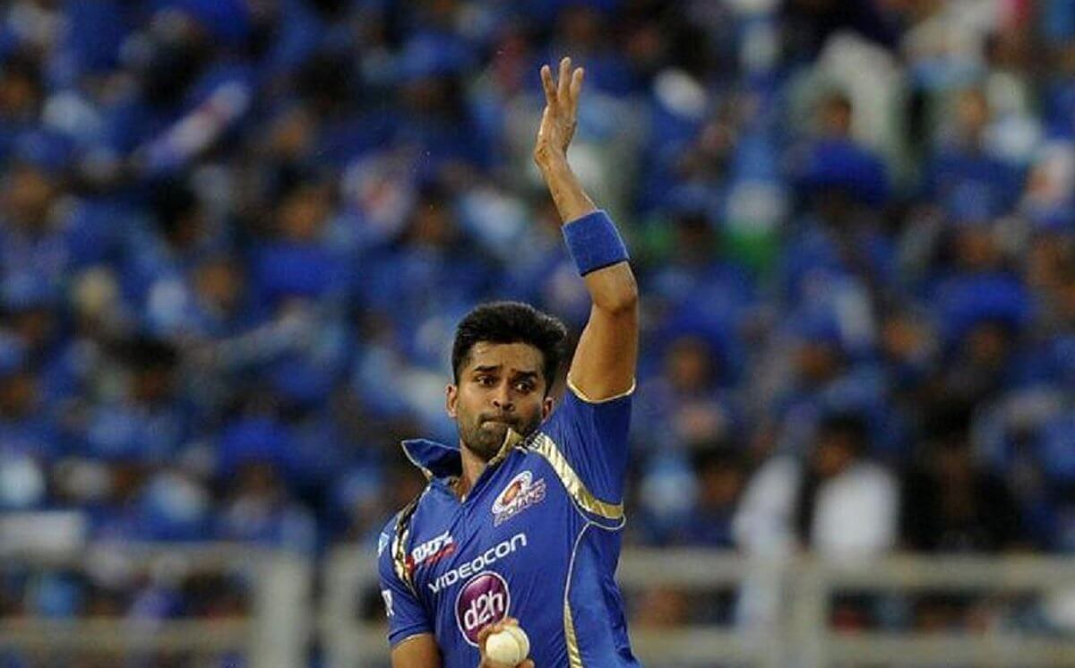 Vinay Kumar appointed as talent scout for mumbai indians